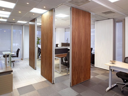 Operable walls moveable walls professionally fitted at for Movable walls room partitions